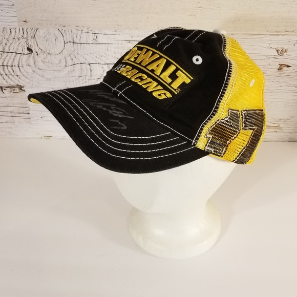 259610911 Nascar DeWalt Racing hat with autograph